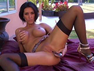 Milf In Stockings Gets Horny